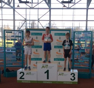 Oisin Kelly receiving his gold medal.