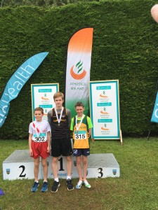 Oisin Kelly recieving his silver medal for the 600m