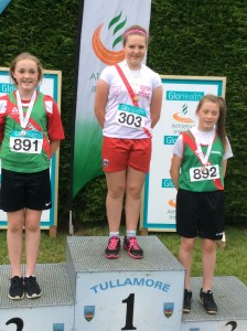 Aoife recieving her gold medal.